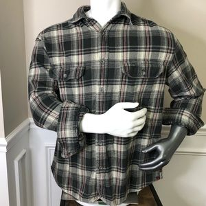 L Woolrich Plaid flannel long sleeve button down